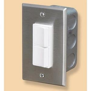 Accessory - Single Duplex Switch Wall Plate & Gang Box 20 Amp Per Pole